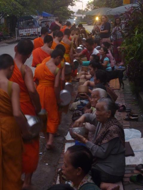 visit luang prabang