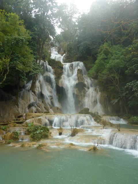 waterfall luang prabang